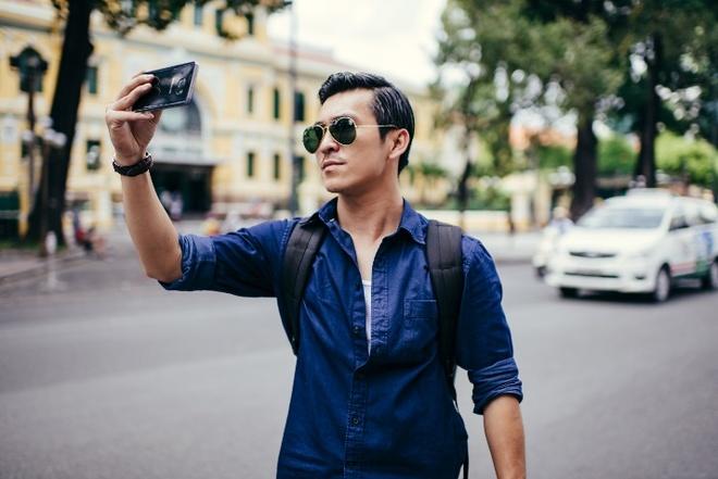 Hot boy Thien Minh hoa nhiep anh gia lich lam hinh anh 2