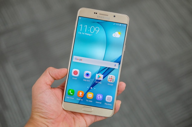 Galaxy A9 Pro 2016: Man hinh lon, pin 5.000 mAh sap ban o VN hinh anh