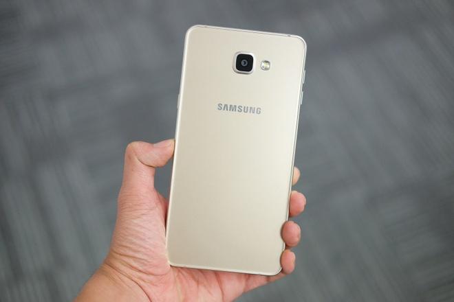 Galaxy A9 Pro 2016 man hinh lon,  pin 5.000 mAh anh 2