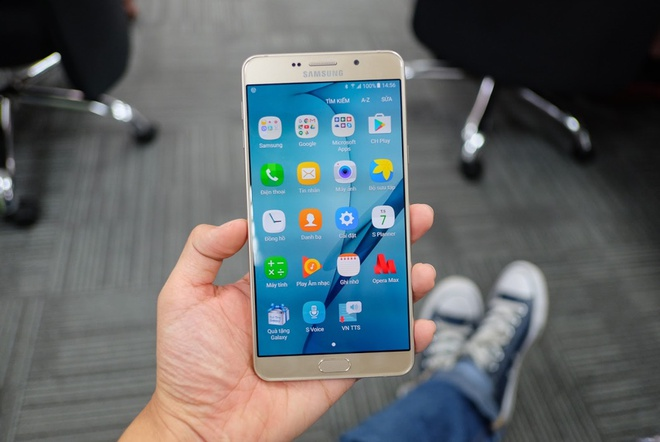 Galaxy A9 Pro 2016 man hinh lon,  pin 5.000 mAh anh 8