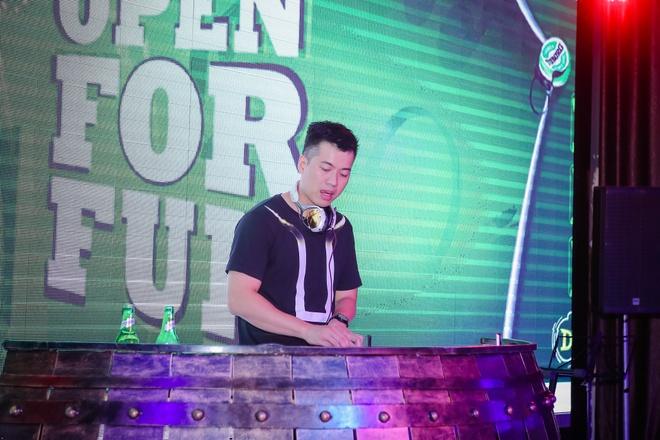 DJ Huy DX khuay dong khong gian nhac Trap hinh anh 2