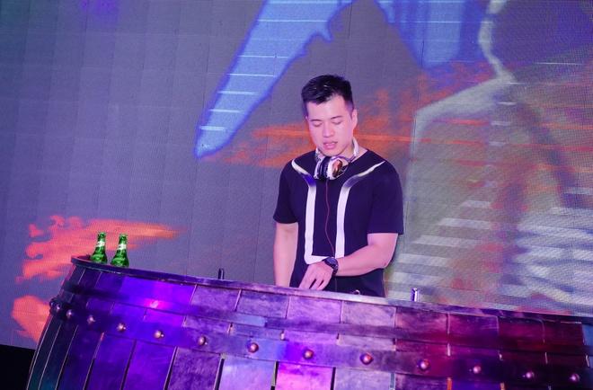 DJ Huy DX khuay dong khong gian nhac Trap hinh anh 3