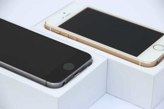 iPhone cu giam gia manh hut khach hinh anh 1