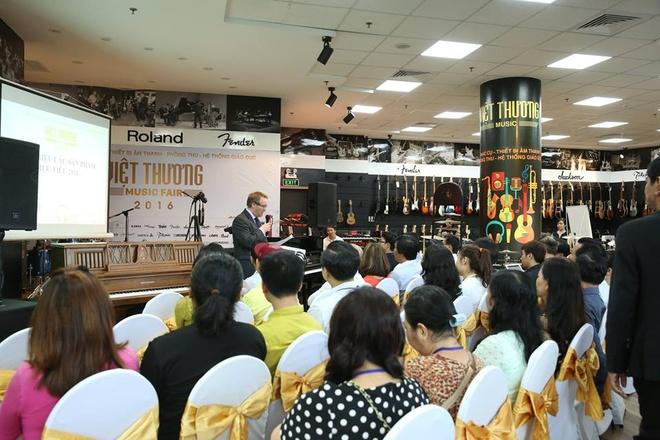 Khai mac hoi cho trien lam am nhac Viet Thuong Music Fair hinh anh 2