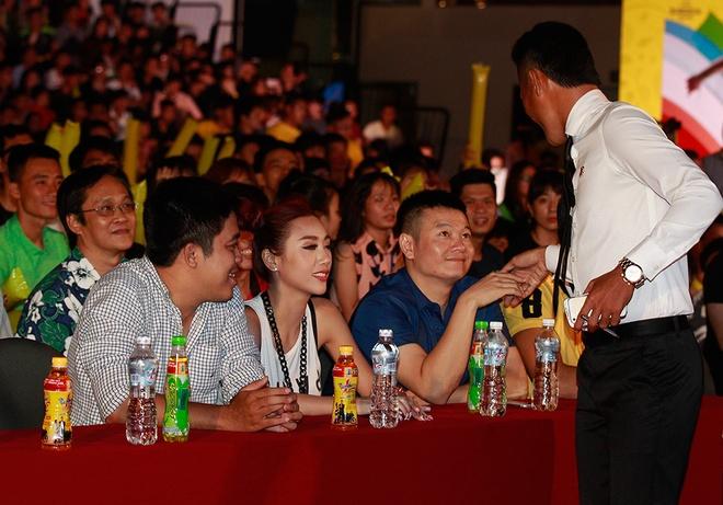 Phan Thanh Binh tai ngo Van Quyen tai su kien the thao hinh anh