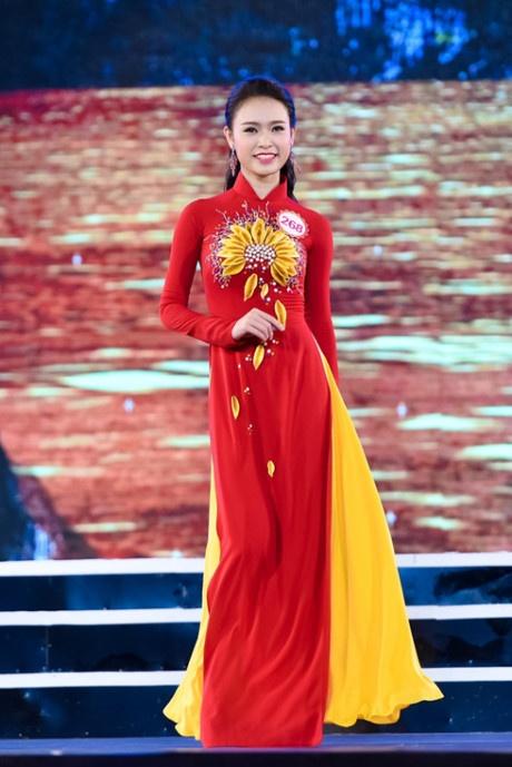 18 dai dien mien Bac trinh dien chung khao Hoa hau Viet Nam hinh anh 1