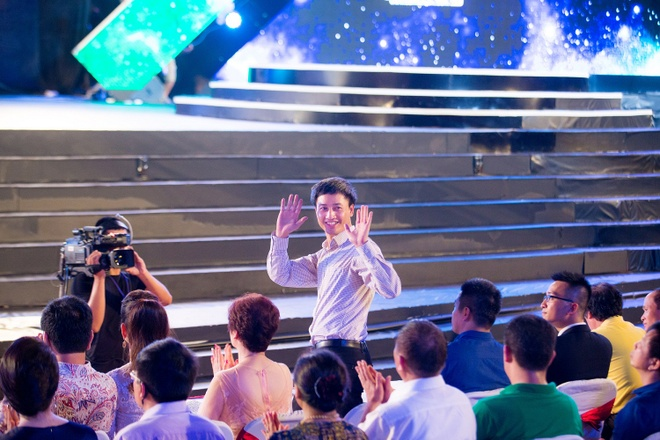 18 dai dien mien Bac trinh dien chung khao Hoa hau Viet Nam hinh anh 10