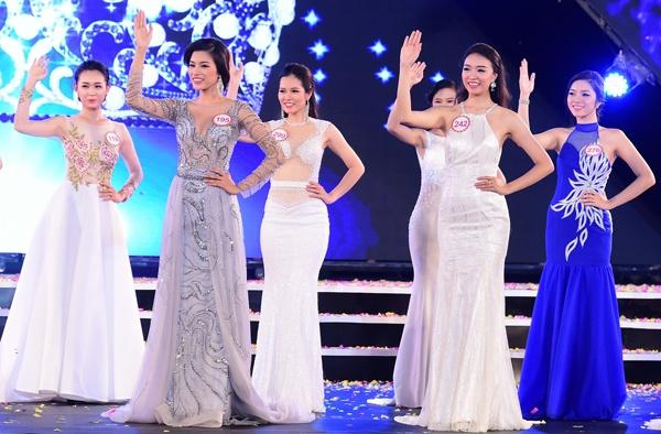 18 dai dien mien Bac trinh dien chung khao Hoa hau Viet Nam hinh anh