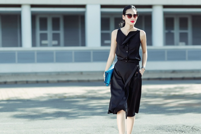 Fashionista Thanh Truc dien vay lua xuong pho hinh anh 1