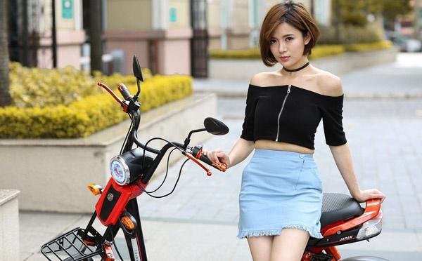 Hot girl Tu Linh quyen ru va ca tinh trong bo anh moi hinh anh 5