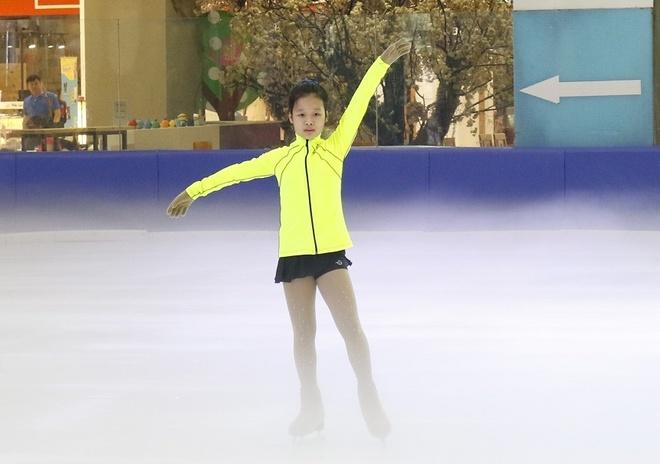Hai VDV nhi Viet Nam du giai truot bang quoc te Skate Asia hinh anh