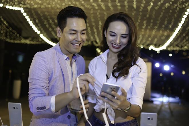 Hoang Thuy Linh va Trang Khieu do ve goi cam o pool party hinh anh 7