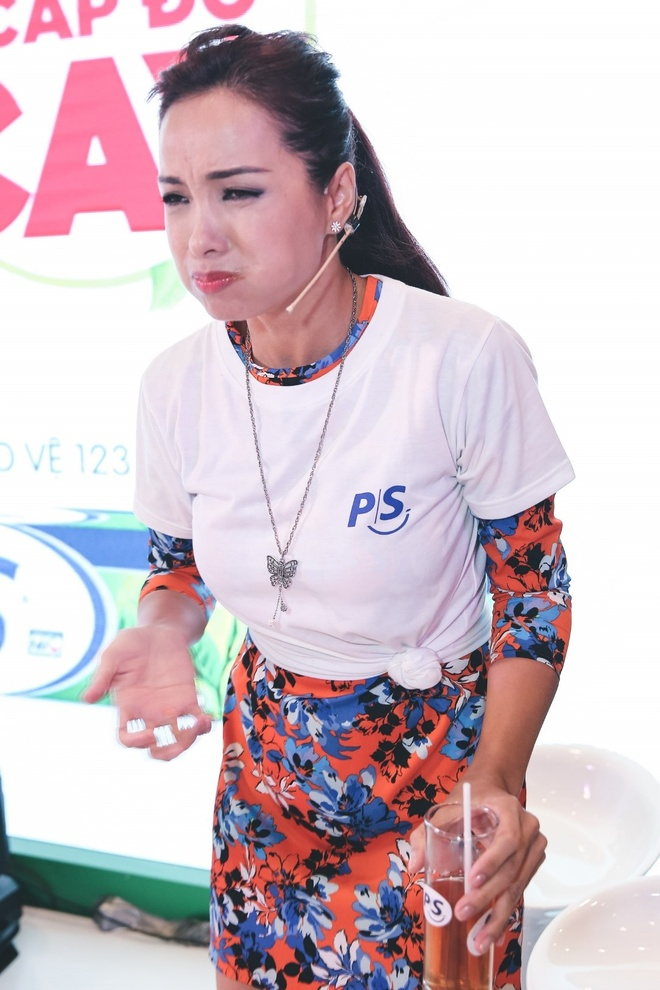 Thuy Hanh chay nuoc mat sau thu thach an cay hinh anh 4