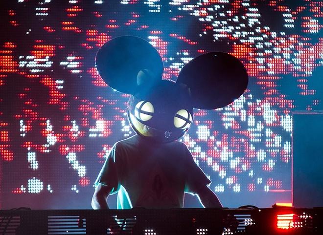 Dan DJ 'khung' tai Ultra Music Festival Singapore hinh anh 5