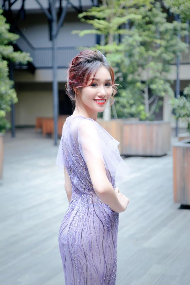 Xuan Lan,  Kim Nguyen,  Hoa hau Quy ba chau A 2016 anh 5