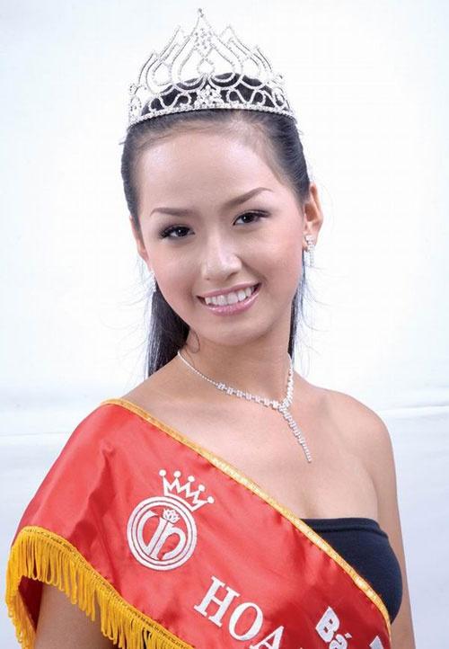 Nhan sac Hoa hau Mai Phuong Thuy, Thu Thao khi dang quang hinh anh 1
