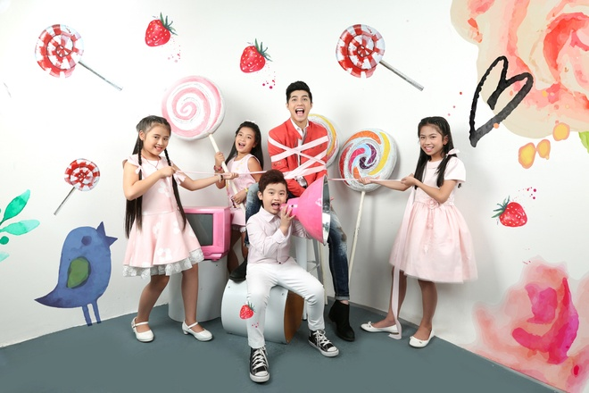 Noo Phuoc Thinh cung hoc tro The Voice Kids don trung thu hinh anh 3