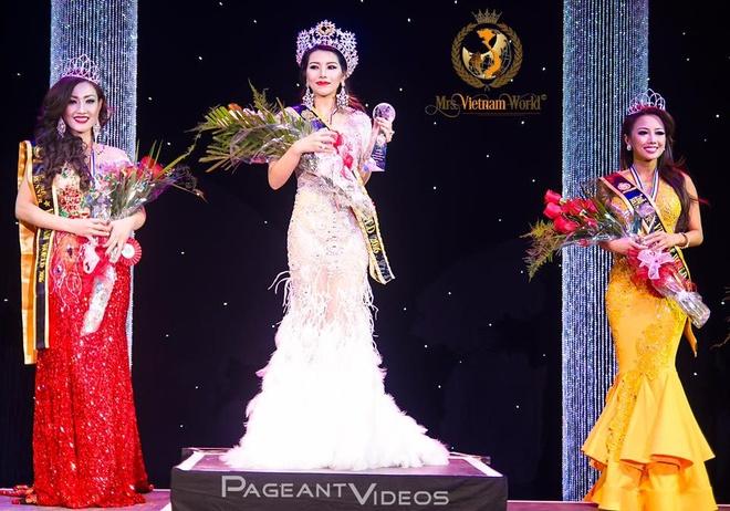 Nhan sac cua dai dien Viet Nam tham du Mrs World 2016 hinh anh 3