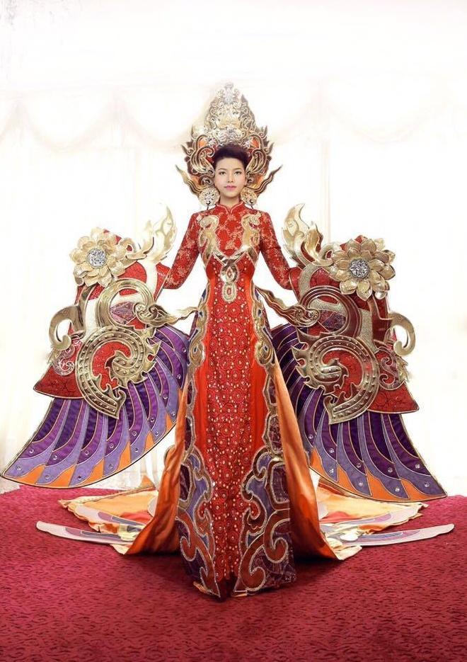 Nhan sac cua dai dien Viet Nam tham du Mrs World 2016 hinh anh 10