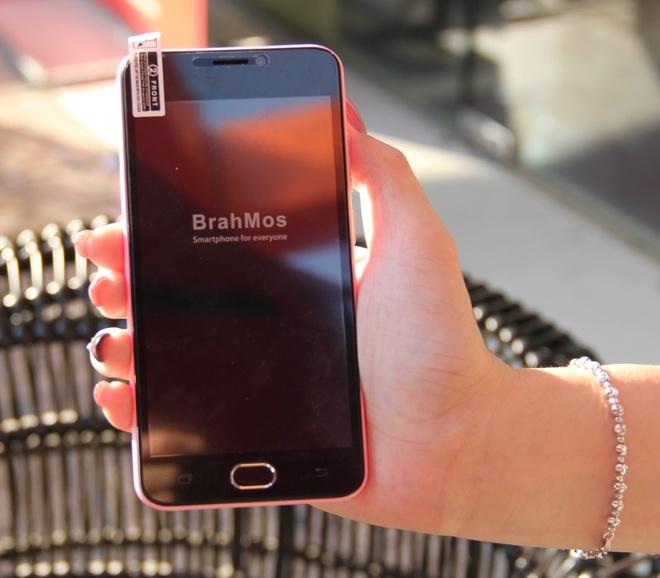 Brahmos 4G: Smartphone An Do tam gia 2 trieu dong hinh anh 3
