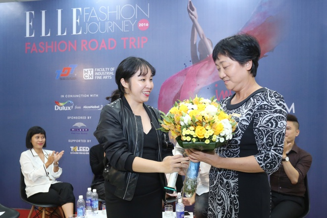 ELLE Fashion Journey - noi nhung dam me nghe thuat toa sang hinh anh 4