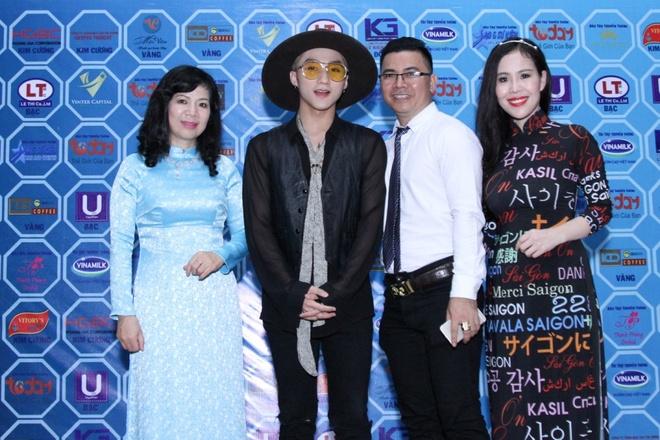 Son Tung tham gia 'Hanh trinh ket noi yeu thuong' hinh anh