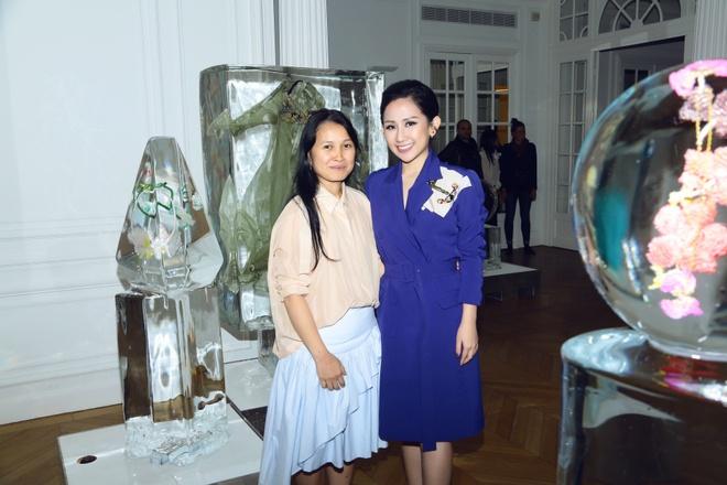 Tram Nguyen hoi ngo hai chan dai Viet o Paris Fashion Week hinh anh 8