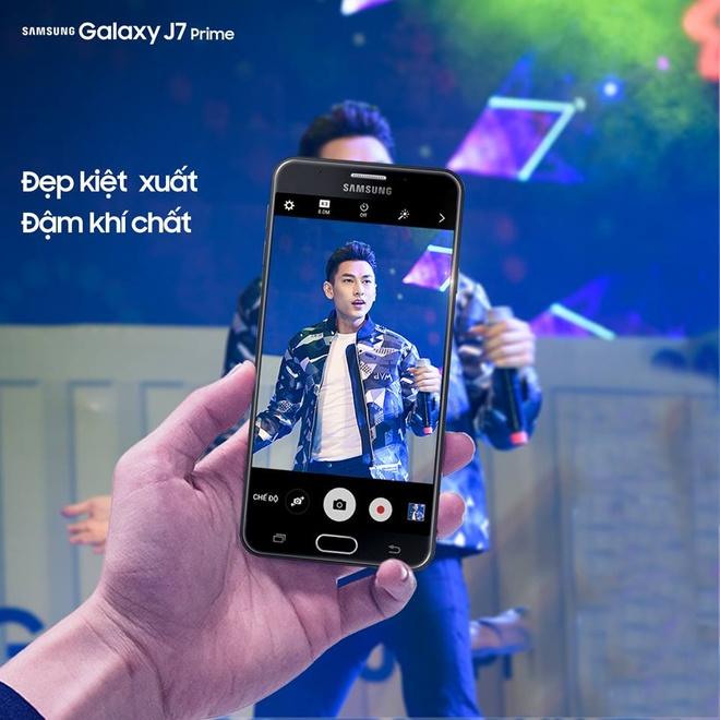 Mua Galaxy J7 Prime, nhan qua lon tai Hoang Ha Mobile hinh anh 3