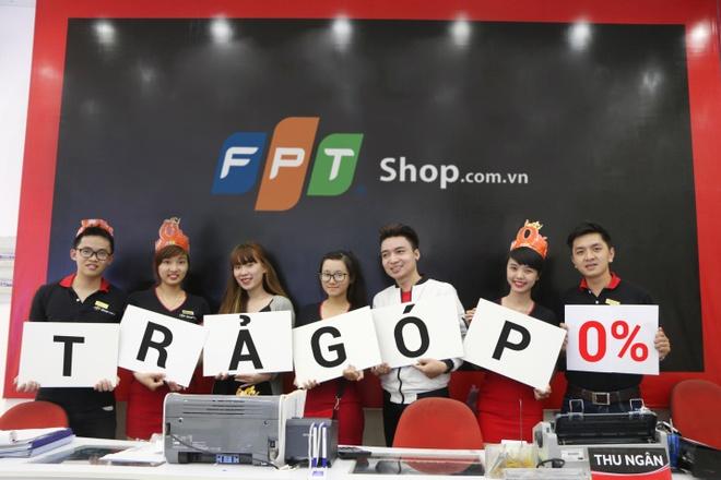 FPT Shop tang 300 smartphone Lumia cho khach hang mua laptop hinh anh 3