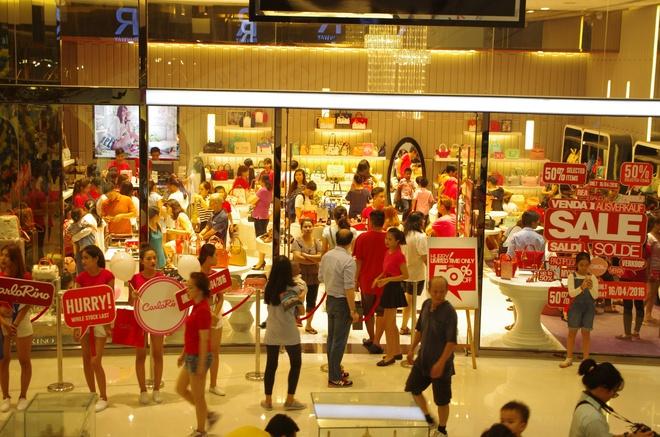 Crescent Mall,  khuyen mai hong anh 4