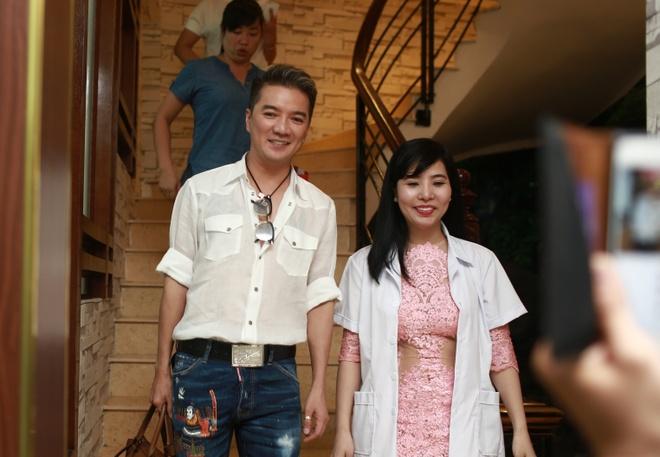 Dam Vinh Hung di spa, chuan bi cho liveshow 12 ty tai Ha Noi hinh anh