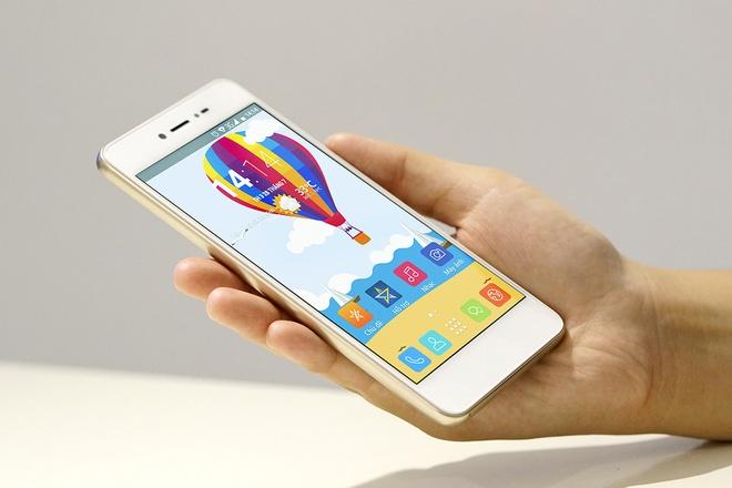 Dap hop LAI Yuna X: Smartphone voi nut selfie chuyen biet hinh anh
