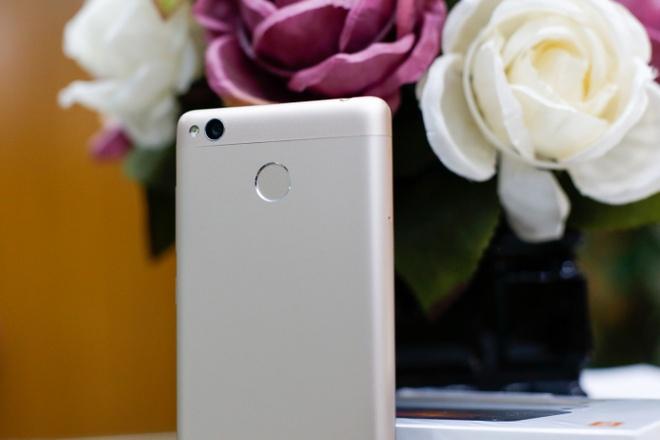 4 uu diem cua smartphone gia re Xiaomi Redmi 3s hinh anh 3