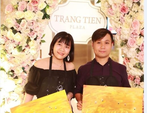 Trang Tien Plaza gui yeu thuong den mot nua the gioi hinh anh