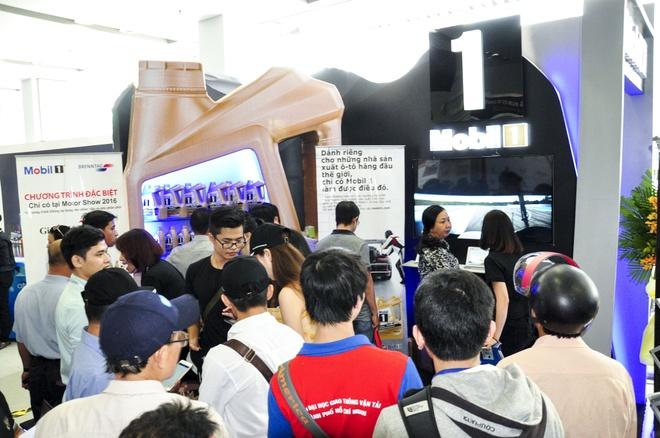 Mobil 1 tham gia trien lam 'Vietnam Motor Show 2016' hinh anh 3