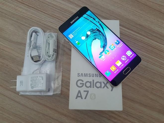 Samsung Galaxy A7 2016 dieu chinh gia con 5 trieu dong hinh anh 1
