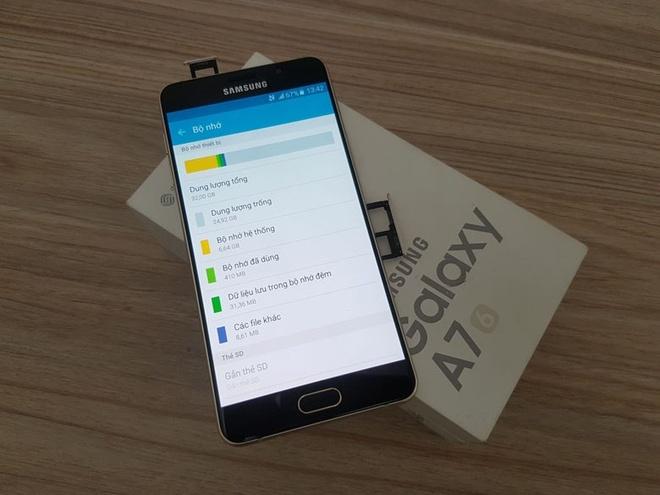 Samsung Galaxy A7 2016 dieu chinh gia con 5 trieu dong hinh anh 3