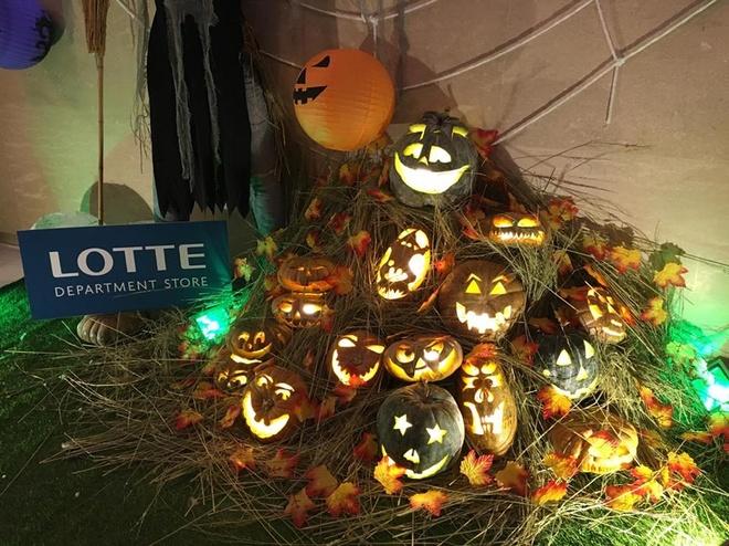 Hoat dong hap dan tai Lotte Department Store dip Halloween hinh anh 1