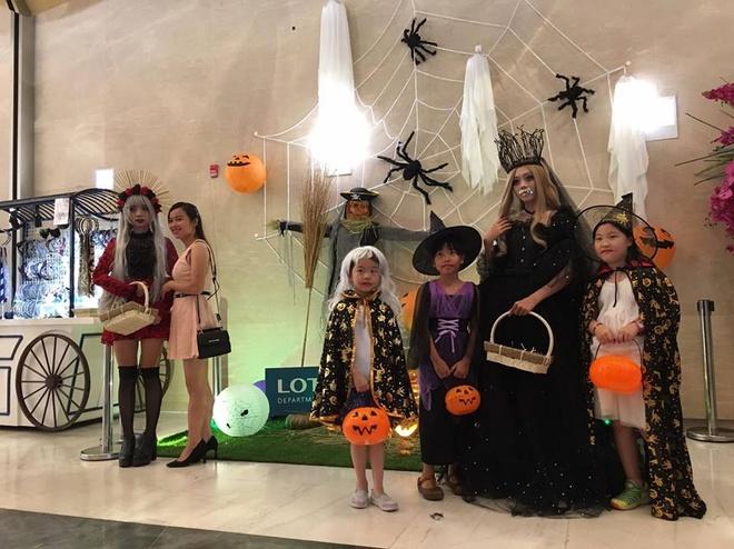 Hoat dong hap dan tai Lotte Department Store dip Halloween hinh anh 4