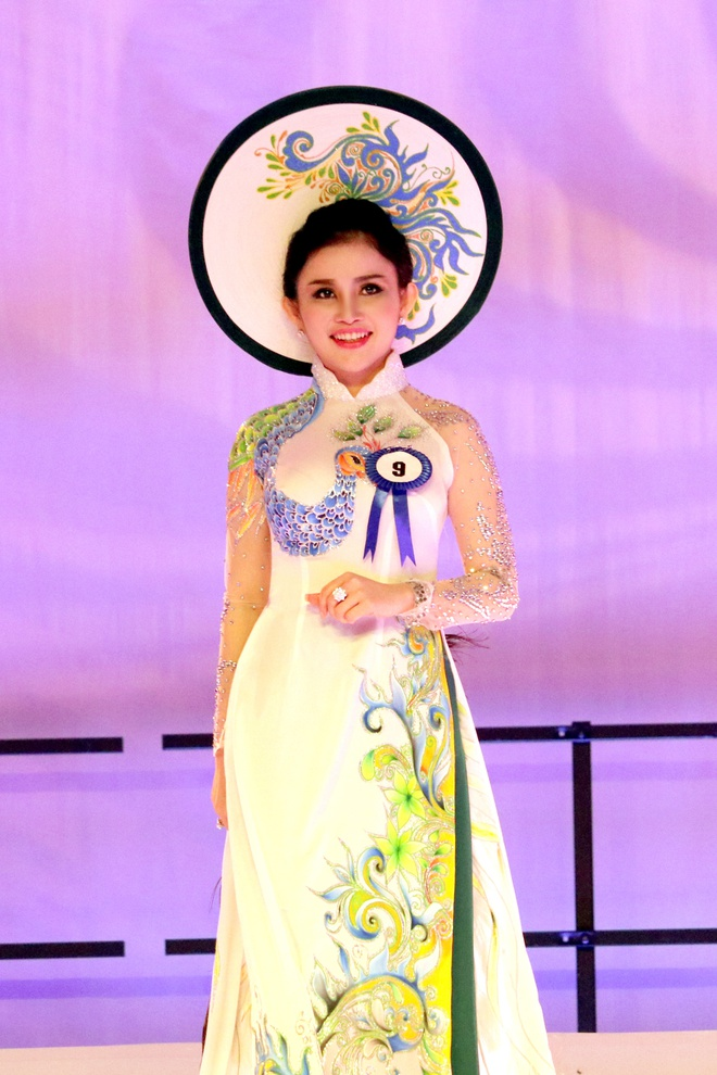 Hanh trinh nhan sac cua Hoa hau Phu nhan VN Hoan cau 2016 hinh anh 3