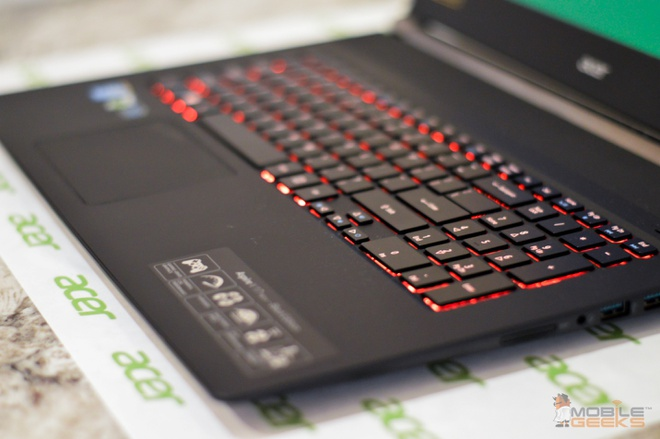 Acer ra mat laptop chuyen game Vnitro 17 inch hinh anh 2