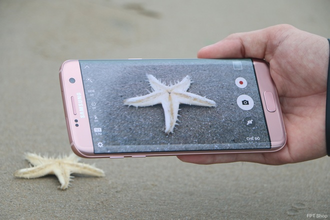 Ly do nen mua Galaxy S7/S7 edge tai FPT Shop hinh anh 1
