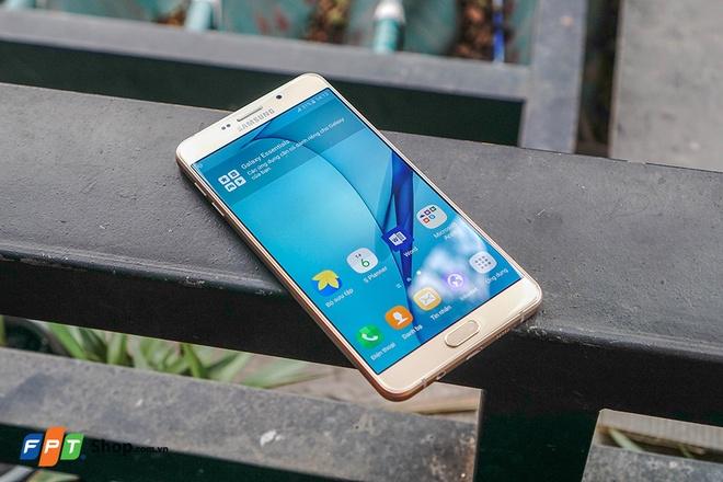 Ly do nen mua Galaxy S7/S7 edge tai FPT Shop hinh anh 3