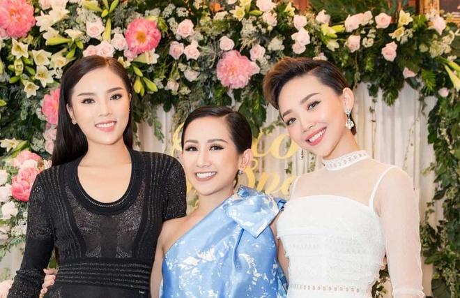 Fashionista Tram Nguyen hoi ngo sao Viet tai TP.HCM hinh anh