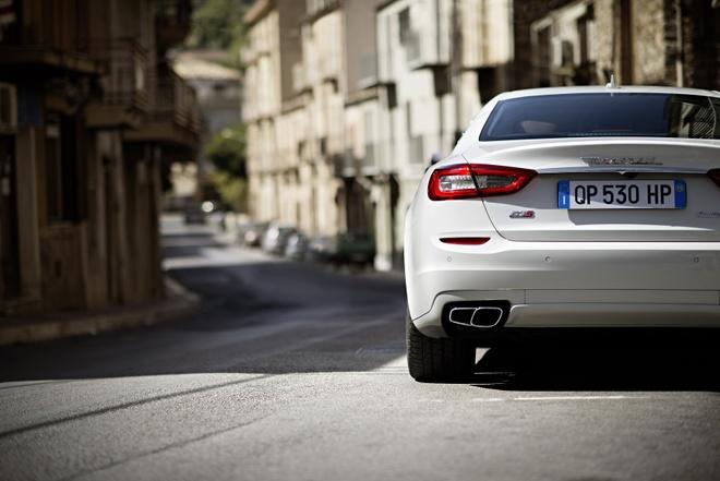 Trai nghiem lai xe Maserati tai Italy cho khach hang Viet hinh anh 8