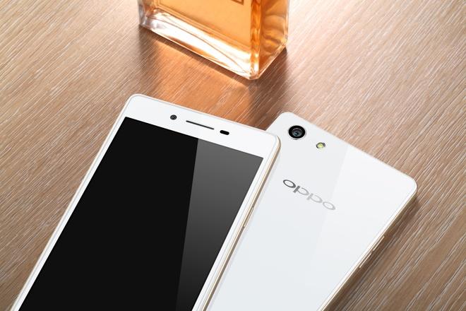 3 smartphone dat hang mua mua sam cuoi nam cua Oppo hinh anh 2