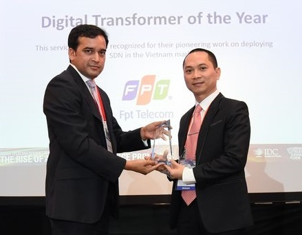 FPT Telecom dat danh hieu Digital Transformer of The Year hinh anh