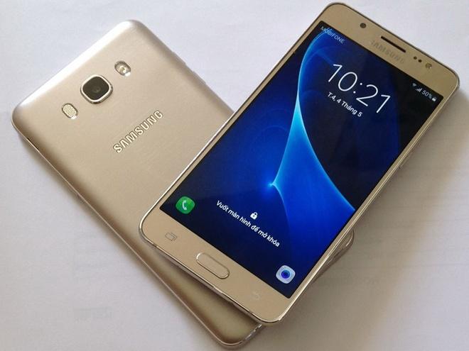 Samsung Galaxy J7 2016 hut khach tai phan khuc 4 trieu dong hinh anh 3