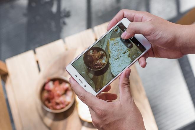 Mobiistar tich hop che do 'selfie 20' tren Prime X 2017 hinh anh 2