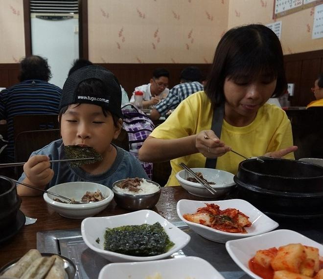 Trai nghiem du lich Han Quoc, Nhat Ban tren may bay 4 sao hinh anh 2